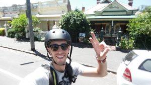 Oriol Pujol en bici por Melbourne